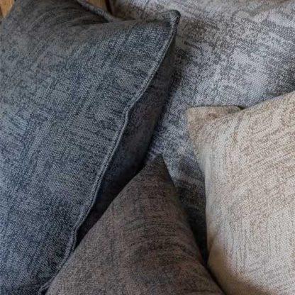 meubelstoffenonline.com - safe home artisan kussen